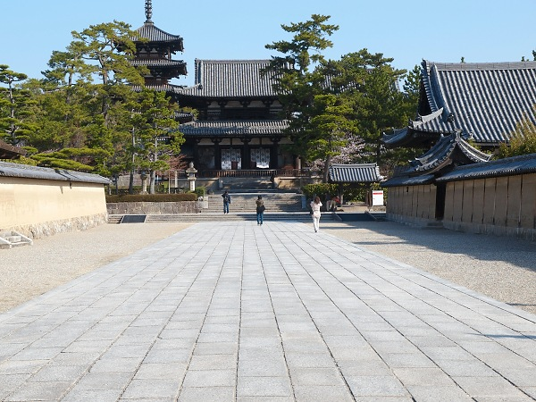 法隆寺地域の仏教建造物の画像 p1_18